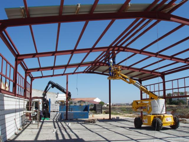Construction of a recycling centre in the La Carraca shipyard. Municipal district of San Fernando (C