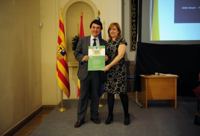 Director of the INAGA, Nuria Gayán with José Ramón de Arana, Tragsa Group representative